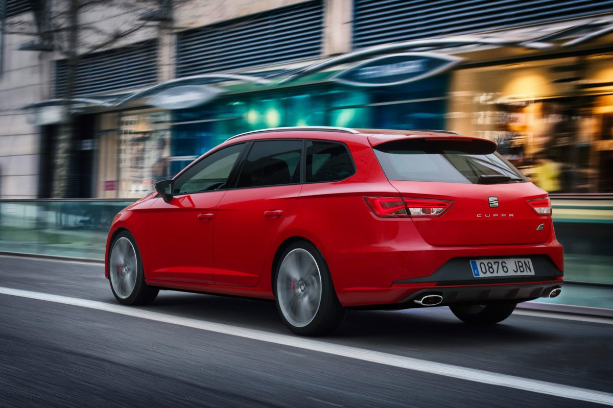 seat leon cupra st die wichtigsten unterschiede zum golf r. Black Bedroom Furniture Sets. Home Design Ideas