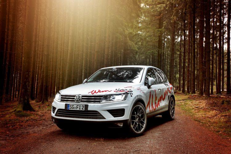 Mehr Wumms als gewöhnlich: Bei Tuner Wimmer Rennsporttechnik bekommt der VW Touareg neue Kräfte verliehen.