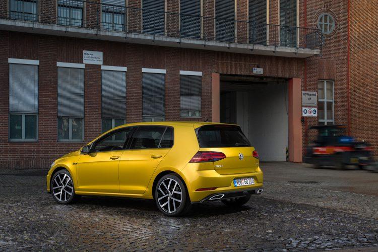 Markantere Endrohre beim VW Golf 7 Facelift
