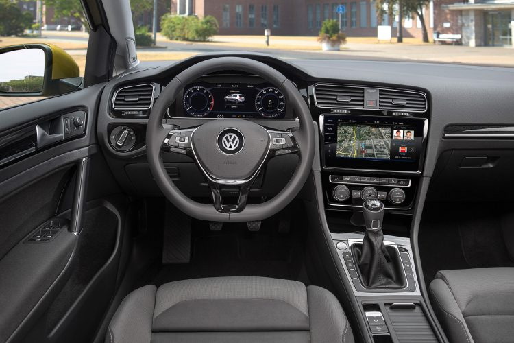 Innenraum des VW Golf 7 Facelift