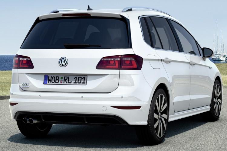 vw-golf-sportsvan-r-line-03