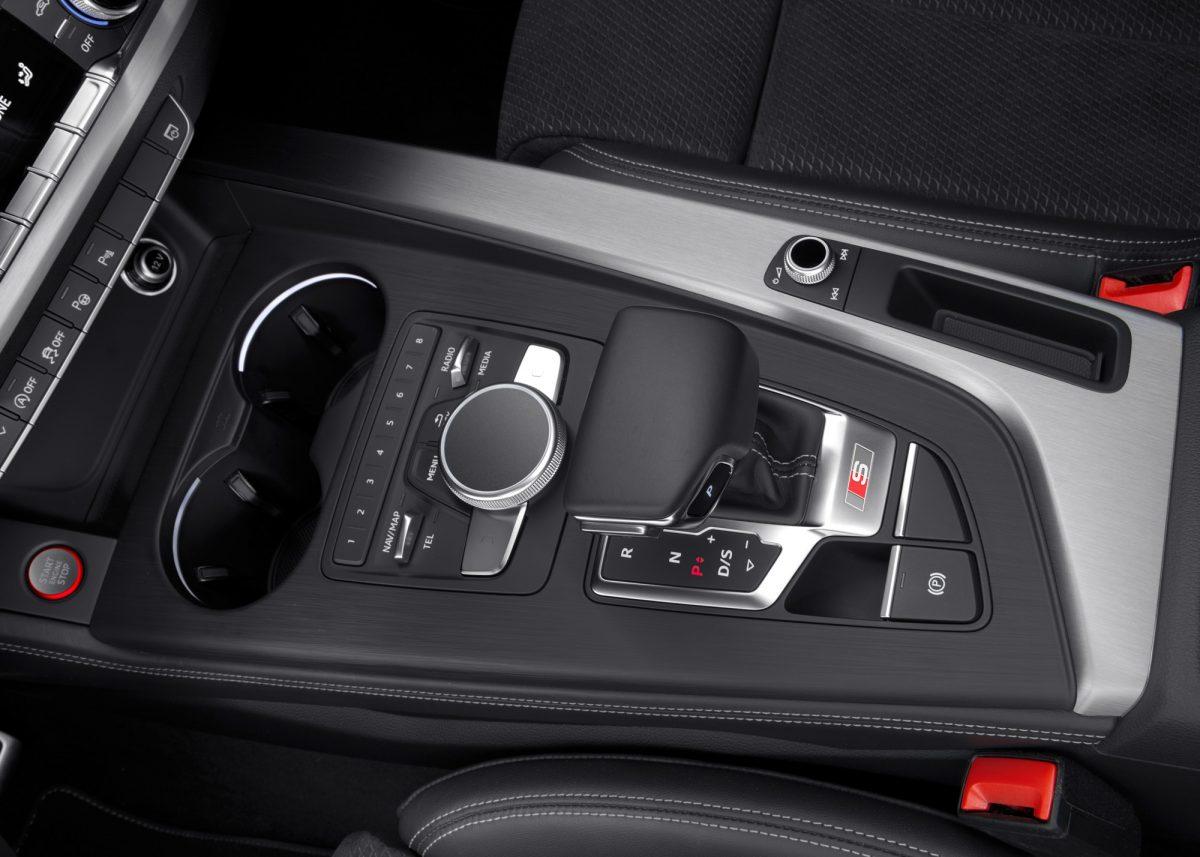 Audi S4 11