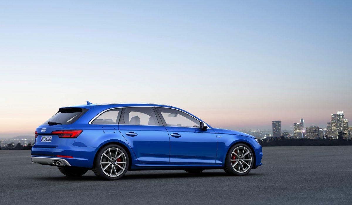 Audi S4 09