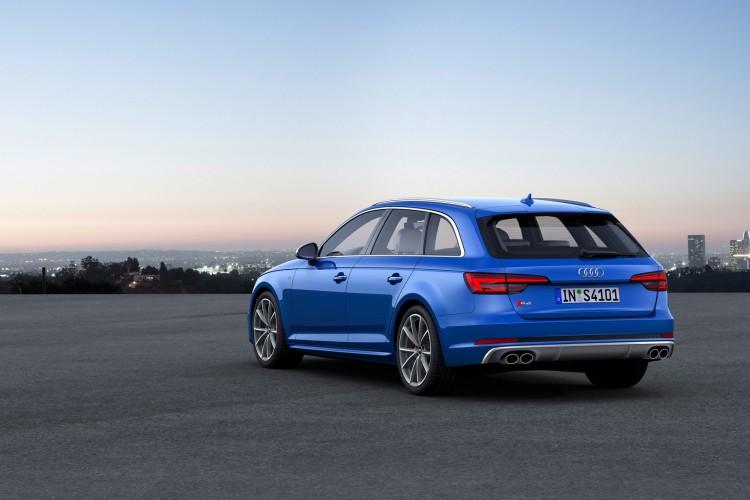 Platz satt: Im Audi S4 Avant gibt es weit über 300 V6-PS, gepaart mit Reisekomfort.