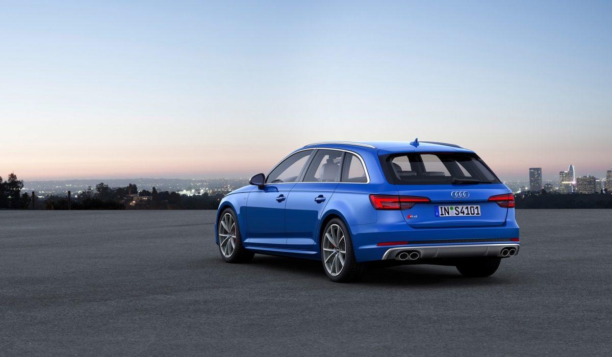 Audi S4 08
