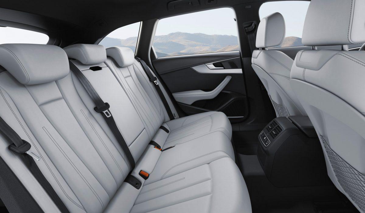 Audi S4 01