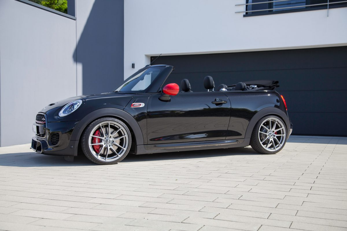 mini john cooper works cabrio erh lt neues fahrwerksprogramm. Black Bedroom Furniture Sets. Home Design Ideas