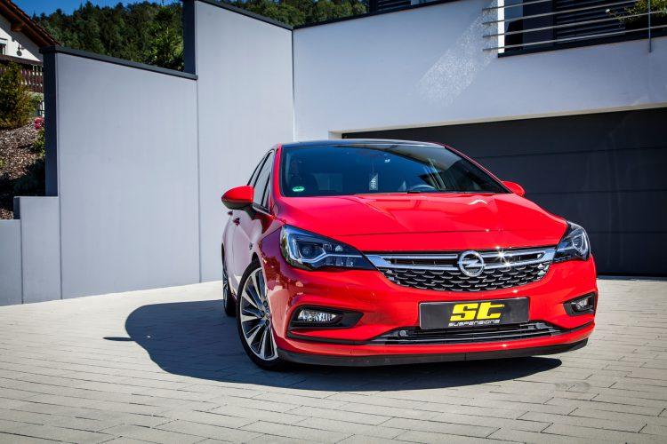 Frontansicht des Opel Astra K