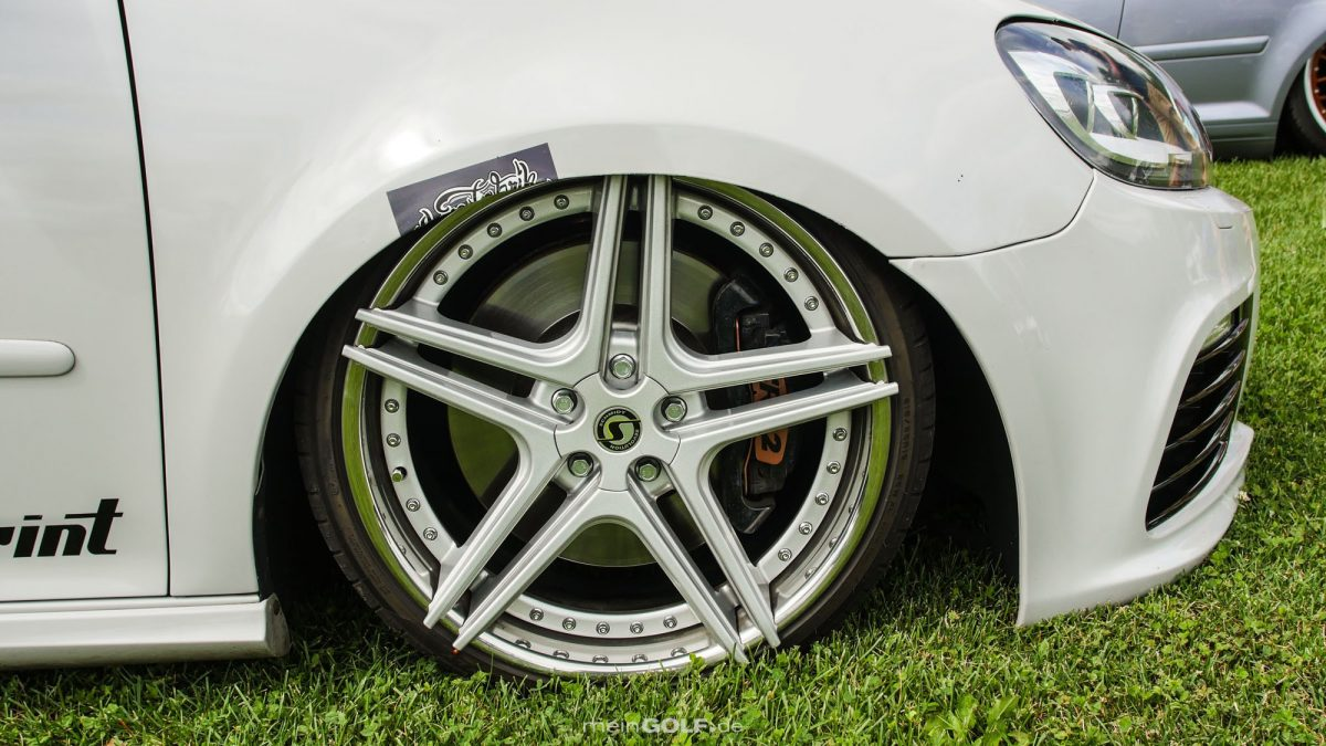Heiße Schmidt-Räder auf dem VW Golf V