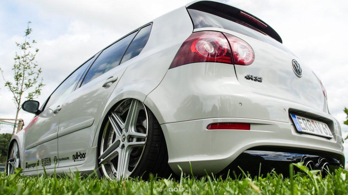 Heckansicht des VW Golf V