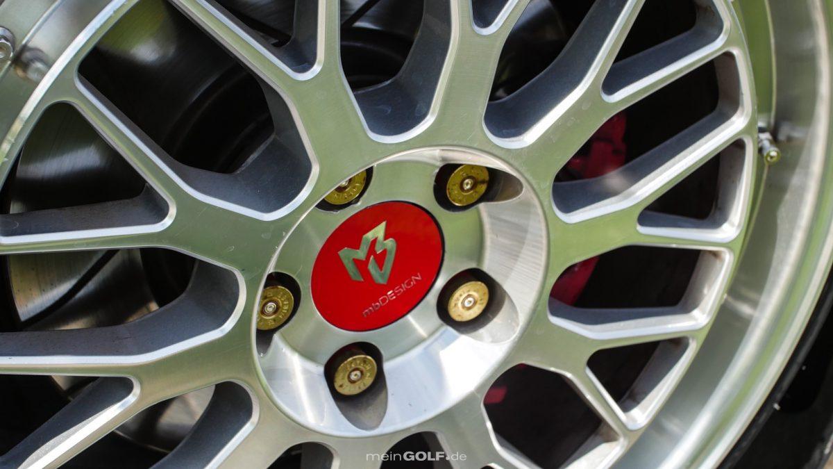 Detailansicht der Räder von MBdesign auf dem VW Golf VI GTI