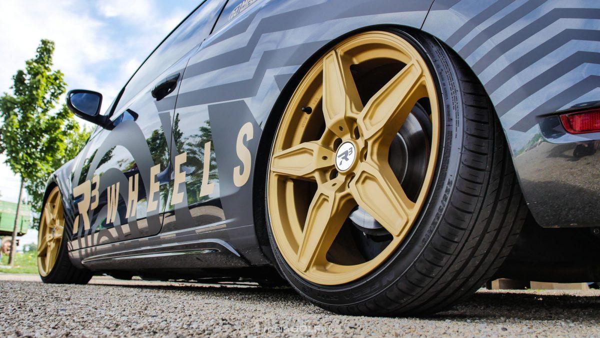 Der gesamte Style des VW Golf VI GTI wurde auf dir R3 Wheels abgestimmt.