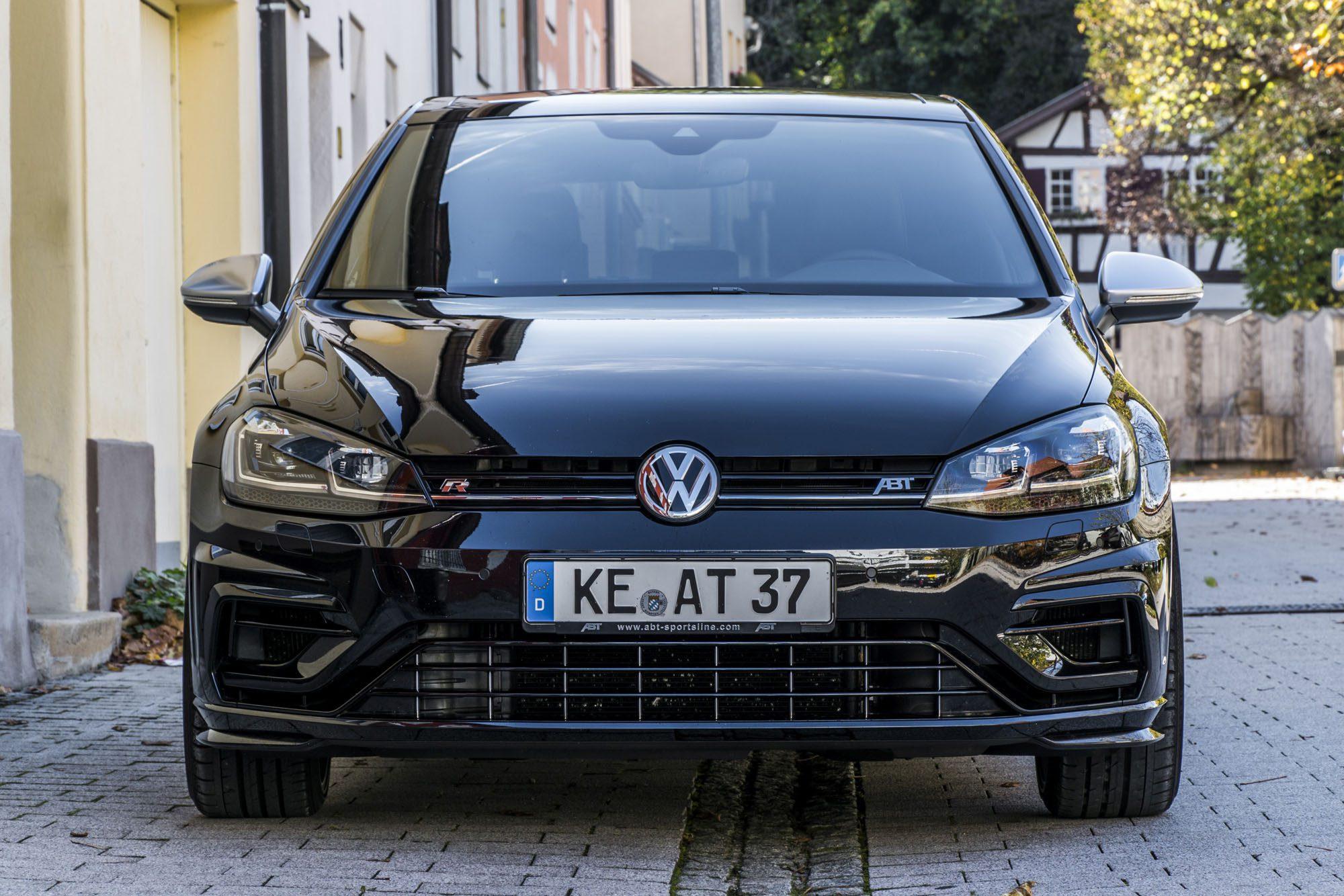 Frontansicht des VW Golf 7 R Facelift von ABT Sportsline